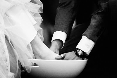 foot_washing_wedding_1