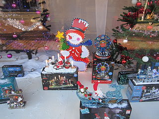Christmas_display,_B&M,_Liscard_(1)