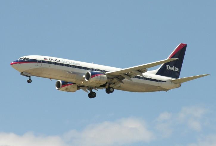 boeing-737-300-plane_w725_h490