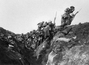 Going over the top, Imperial War Museums (collection no. 2600-03), (Public Domain).