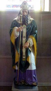 Holy_Cross-Immaculata_Church_(Cincinnati,_Ohio)_-_statue_of_St._Patrick[1]