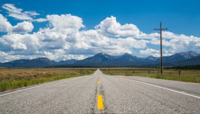 Lonely_Road,_Idaho_State_Highway_75